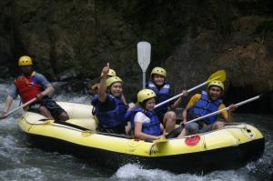 Ayu Galuh Rafting 2
