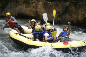 Ayu Rafting Jawatimuran