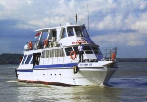 Kapal Wisata Artama 3